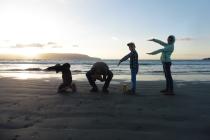 kwasten-op-het-strand